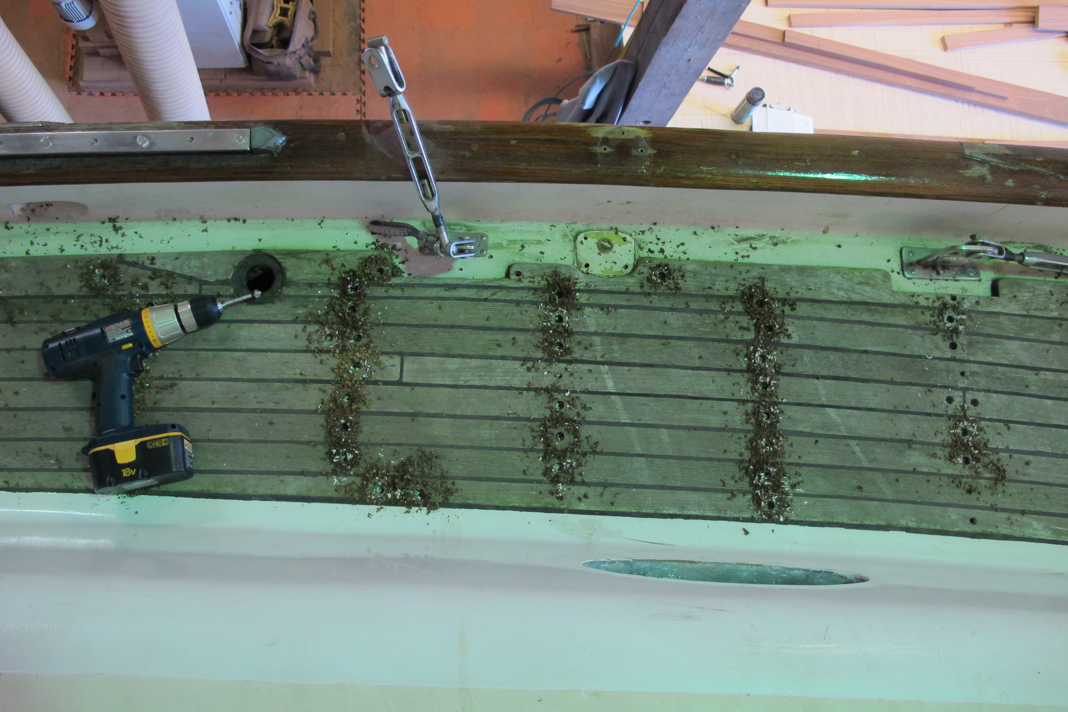 Drilling screws out of the deck
